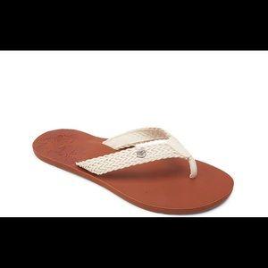 Roxy lola II sandal for women